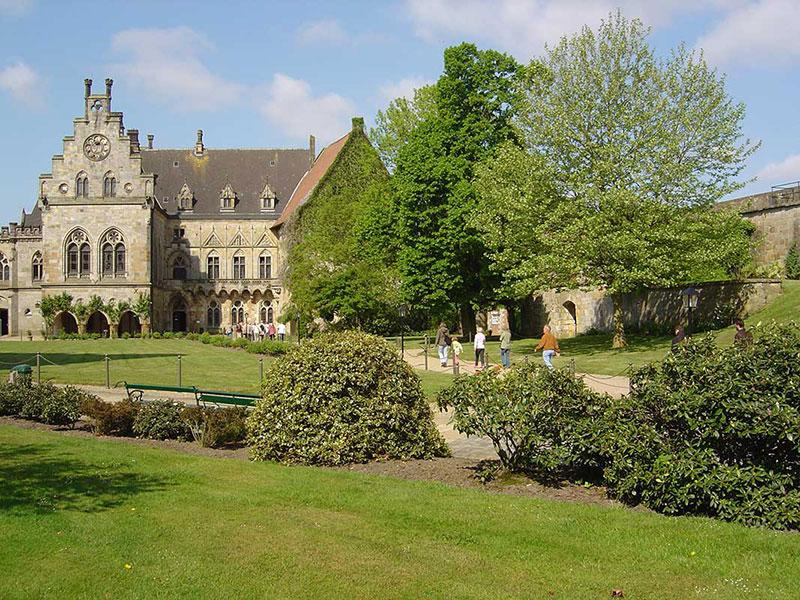 Burg Garten